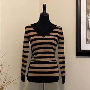 Metaphor Fitted Sweater size M Black/Tan Stripes